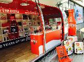 Coca-Cola - Kiss Happiness!